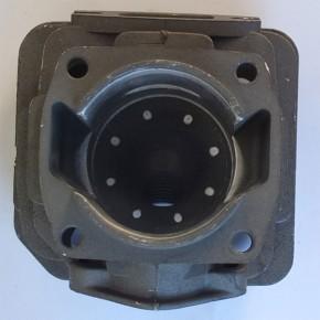 Цилиндр с поршнем в комплекте бензопил недорогих марок модели 4500, диаметр 43мм